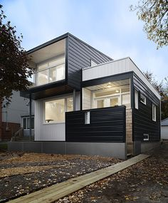 Metal Cladded Winona House in Ottawa, Canada | Home Design Lover
