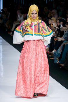 http://theactualstyle.com/jakarta-fashion-week-2014-dian-pelangi/