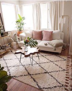 home decor signs My Living Room, Interior Design Living Room, Home And Living, Living Room Decor Curtains, Grey Curtains, Uo Home, Small Room Design, Cozy House, Home Decor Inspiration
