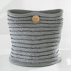 OHJE: Lankasäilytin. Yarn container. Pia Heilä for LANKAVA.