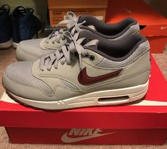 top fashion a9343 2dd7f Nike Air Max 1 Essential Mens 537383-027 Grey Team Red Gum Running Shoes  Size 8
