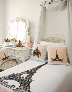 Love the comforter! So want my room to look like this! Love the comforter! So want my room to look like this! Paris Themed Bedroom Decor, Paris Inspired Bedroom, Paris Room Decor, Paris Rooms, Paris Bedroom, Bedroom Themes, Paris Room Themes, Paris Themed Rooms, Paris Bedding