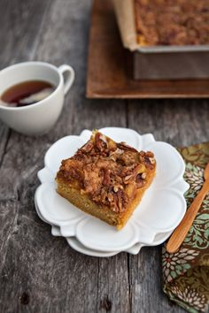 pumpkin-pie-coffee-cake-with-pecan-crumble-h