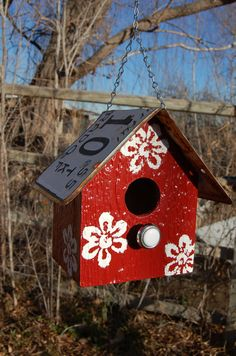 Ready to Ship for Christmas Delivery - Birdhouse - Vintage 1955 License Plate Roof - Red - White Flowers - Hanging