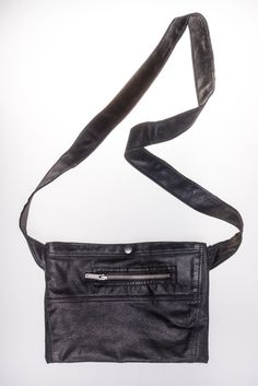 Mini Musette Inspired by the cycling musette bag and constructed like a small, flat, messenger, the Leather  Musette Mini is a slim lightweight bag that is the perfect to carry rice cakes, mini cans of coke.. or your wallet and keys. https://www.i-ris.cc/product/leather-musette_02-mini/