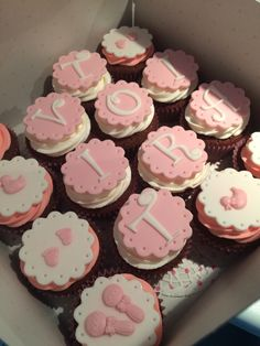 Baby cupcake, babyshower, it's a girl, pink