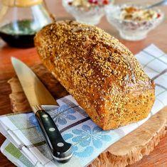 "Páči sa mi to: 188, komentáre: 17 – Xavier Carchenilla (@xaviercarchenilla) na Instagrame: ""Kváskový semínkový chléb🍞 Perfektní na sandwitche, snídani nebo s dobrými sýry. Je nadupaný…"" Bread, Food, Brot, Essen, Baking, Meals, Breads, Buns, Yemek"