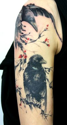 When we think about a unique and interesting tattoo theme, one that strikes our mind is the raven tattoo theme. So here are some of the most popular raven tattoo designs! Tattoo Motive, Arm Tattoo, Sleeve Tattoos, Yakuza Tattoo, Samoan Tattoo, Tattoo Female, Future Tattoos, New Tattoos, Body Art Tattoos