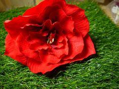 Haarnadel, Haarschmuck,  Amaryllis, rot, groß von GeschmeideZauber auf DaWanda.com