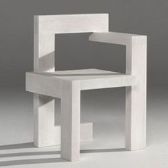 Rietveld Chair Maquette Gerrit Rietveld was an architect as well as furniture designer who became interested in the planar construction of forms. Funky Furniture, Design Furniture, Chair Design, Rietveld Chair, Design Innovation, Muebles Art Deco, Cool Chairs, Modern Chairs, Modern Design
