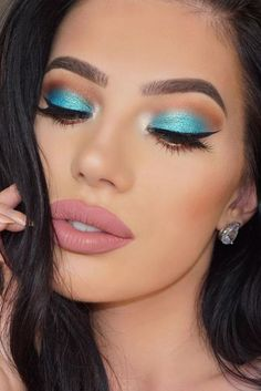 7 Summer Eyeshadow Looks Youll Love Blue Eyeshadow Eyeshadow love Summer Youll Blue Eyeshadow For Brown Eyes, Summer Eyeshadow, Orange Eyeshadow, Bright Eyeshadow, Makeup Looks For Brown Eyes, Eyeshadow Tips, Prom Makeup Looks, Colorful Eyeshadow, Eyeshadow Makeup