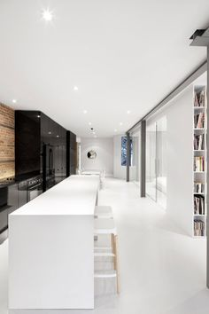 Strakke moderne keuken.