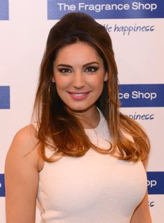 Kelly Brook Half Up Half Down - Half Up Half Down Lookbook - StyleBistro