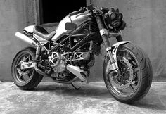 Alex Earle Ducati Monster Tracker