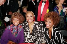 Whitney Houston's Family Land Reality Show, including her mom, daughter, and brother - Mrldavis