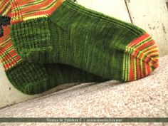 Flying Fish Knee High Socks: Sneak Preview from Stories In Stitches 3!