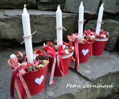 Velký+adventní+svícen+Adventní+svícen+ze+4+plechových+květináčů.+Velikost+květináče+13+cm,+výška+12+cm+(měřeno+bez+svíčky).