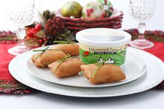 An easy holiday appetizer recipe for crab phyllo bites with a creamy crab filling inside crispy fried phyllo with a little southwest kick of jalapeno. Holiday Appetizers, Appetizer Recipes, Phyllo Dough, Frying Oil, Crab Meat, Sour Cream, Seafood, Stuffed Peppers, Baking
