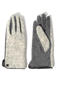 Echo Design Boucle Tech Glove in GREY