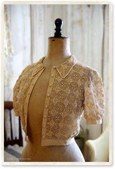 Irish Crochet, Diy Crochet, 1930s Fashion, Vintage Fashion, Vintage Crochet Dresses, Linens And Lace, Antique Lace, Vintage Knitting, Crochet Clothes