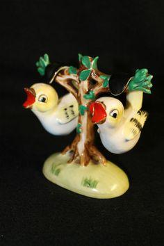 Vintage Salt Pepper Shakers Baby Bird Tree Ceramic