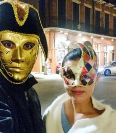 Carnival in the French Quarter #nola #neworleans #carnival #mardigras #joker #pirate #gold #friday #datenight #frenchquarter #royalstreet #bourbon #gold #travel #mask #yolo #lastnight @tonachi by natrcm