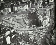 Fovarosi.blog.hu képe. Old Pictures, Old Photos, Budapest Hungary, Historical Photos, Romania, Paris Skyline, Arch, Europe, Marvel