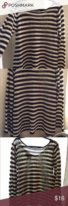 striped knit boho top Cute Black and Cream striped boho knit Love Marks. Size: Medium / sweater top. Comfortable stretch Love Marks Tops Sweatshirts & Hoodies