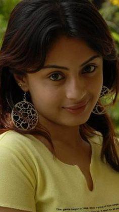 Cute Beauty, India Beauty, Pretty Woman, Desi, Happy, Beautiful, Women, Movies, Indian Beauty