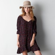 """Boho Printed Flowy Dress This dress has only been worn once. It is in perfect condition. It is very soft, loose and flowy. It is a size XXS, but I am a S-M (5'5"""", 135 pounds) and it fits nicely on me. It is still flowy, but not too big or small for someone whose usual size is a S-M. ☺️ Willing to negotiate the price. American Eagle Outfitters Dresses"""