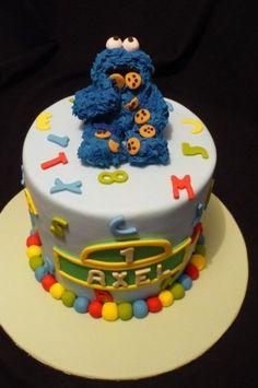 Cookie Monster  Cake by LauraSprinkles