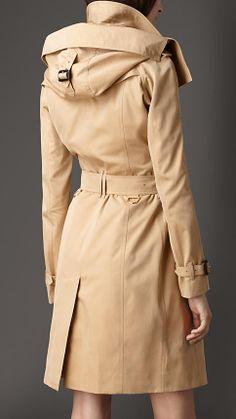 Long Gabardine Hooded Trench Coat with Warmer   Burberry - Colour: Honey