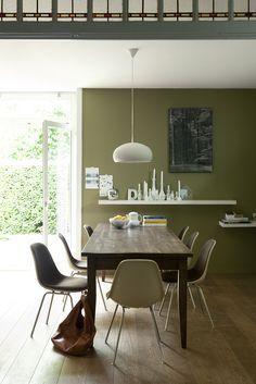 Afbeeldingsresultaat voor olijfgroen muur eetkamer