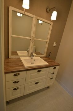 Kylpyhuoneet ja WC - Omega-Keittiöt Double Vanity, Bathroom, House, Heel, Washroom, Home, Full Bath, Bath, Bathrooms