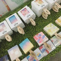 Handmade Soap Packaging, Handmade Soap Recipes, Handmade Soaps, Soap Packing, Handmade Cosmetics, Home Made Soap, Grafik Design, Packaging Design, Diy Gifts