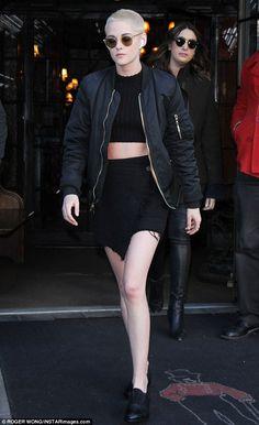 Kristen Stewart shows off her edgy blonde buzz cut in New York City #dailymail