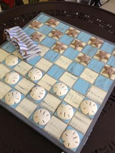 Sally Lee by the Sea | DIY Seashell Checkers!! | http://nauticalcottageblog.com