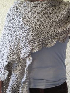Nice stitch. Free Ravelry download. Thanks so for sharin' xox