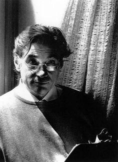 Lecoq : Le comédien à l'école du mouvement : du geste à la dynamique des passions Jacques Lecoq 1921-1999 [On n'a pas encore évalué l'ampleur de l'héritage légué au théâtre de création contemporain par Lecoq. La pédagogie qu'il a élaboré dans son Ecole...