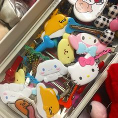 Images Esthétiques, Indie Room, Shops, Retro Aesthetic, Sanrio, Hair Clips, I Am Awesome, Childhood, Cute