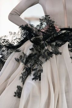 View all the detailed photos of the Stephane Rolland haute couture spring 2015 showing at Paris fashion week. Stephane Rolland, Beauty And Fashion, Look Fashion, High Fashion, Womens Fashion, Net Fashion, Paris Fashion, Couture Details, Fashion Details