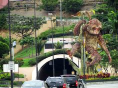Famous monkey close to Santa Ana hill in #Guayaquil. www.placeok.com www.fb.com/placeok