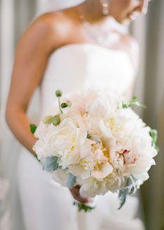 Off-white wedding bouquet