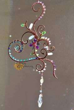 Super sparkly Heart Vine Flower Suncatcher, Swarovski Crystal gemstone wire art hanging patio garden decoration home decor Mother's Day gift/ sun catcher / heart vine flower / on etsy /Patio With Fire Pit Summer patio landscaping lighting. Crystals And Gemstones, Swarovski Crystals, Crystal Beads, Sun Catchers, Copper Wire Art, Parts Of The Heart, Wire Crafts, Cd Crafts, Jewelry Crafts