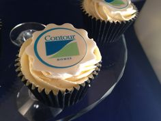 Corporate Cupcake Contour http://www.kitchenwitchcraft.co.uk/