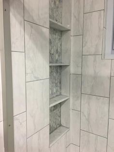 If you want to know ways to finance your renovations. Marble Bathroom Design Ideas to Inspire You. Marble is a royal material, it's refined and expensive Home Depot, Master Bathroom Shower, Bathroom Tile Showers, Tile Shower Niche, Bathroom Ideas, Bathroom Niche, Shower Rooms, Bathroom Closet, Shower Floor