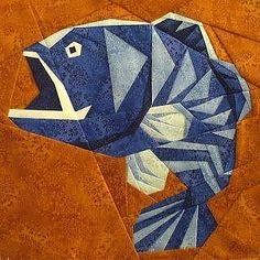 Kathy& Quilts has an amazing paper pieced fish block. So tempted to hold off quilting my asian bargello quilt top to make a huge one of these guys for the back! Paper Pieced Quilt Patterns, Quilt Block Patterns, Pattern Paper, Quilt Blocks, Fish Quilt Pattern, Quilting Projects, Quilting Designs, Quilt Modernen, Animal Quilts
