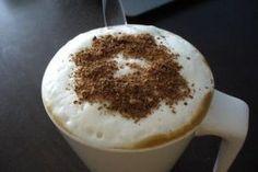 Jak připravit domácí ledovou kávu se zmrzlinou | recept Frappe, Coffee Time, Ham, Smoothies, Pudding, Drinks, Tableware, Food, Smoothie