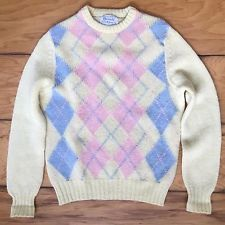 f63c48225210 Vintage 80s Preppy Pastel Shetland Wool Sweater Argyle Intarsia Blue Pink  Scotland SMCGEORGE Vtg