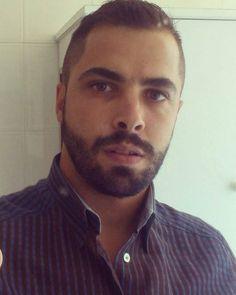 The kissable way  @matteototaro  #thebeardedway #beard #hairy #barba #hairychest #cute #woof #sexymen #hunk #fur #stud #hairymuscle #bear #beardedmen #hairyguys #muscle #abs #sixpack #gym #chest #workout #hunk #scruffy #swag #instabears #instabeard #sexybeard #scruffy #barbado #bearded #beardporn #fit